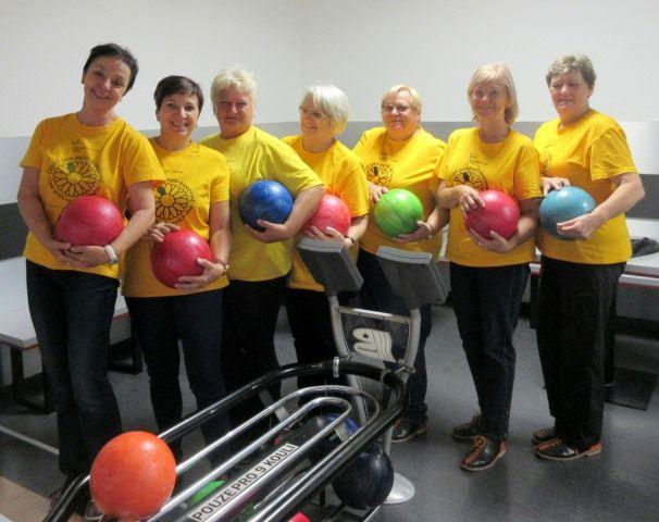 Naše členky - účastnice bowlingového turnaje